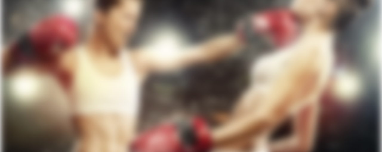 How does a Dutch kickboxing differ from the mainstream kickboxing?
